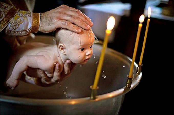 Botezul bebelusilor